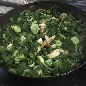 新玉ねぎ料理、ネギ炒める